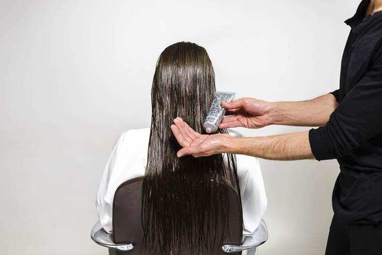 Kerastase Ponytail Wrap Hairstyle Tutorial