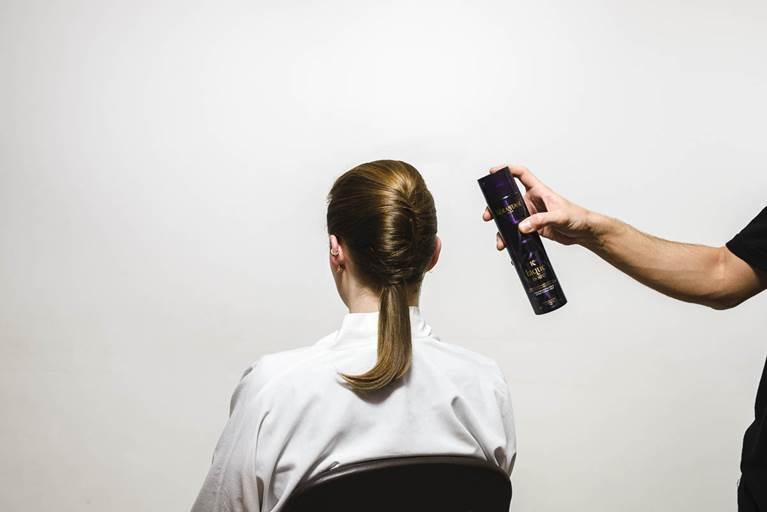 Kerastase Deconstructed French Twist Hairstyle Tutorial