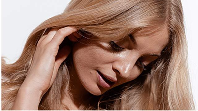 Kérastase Secret to Achieving French Hair Style